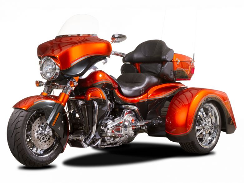Harley-Davidson FLH Transformer $30,500.00 Base Price Ride Away (DOES NOT INCLUDE DONOR MOTORCYCLE OR OPTIONS)